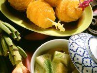 Marinierte Orangen und Melonen