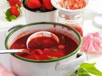 Marmelade aus Erdbeeren, Rhabarber mit Zitronenverbene