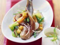 Matjes auf Bohnensalat mit Radieschen