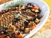 Mediterranes Gemüse mit gegrillter Leber