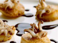 Meeresfrüchte-Häppchen mit Balsamicocreme