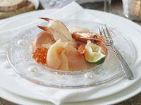 Meeresfrüchte mit zitroniger Mayonnaise