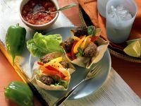 Mexikanische Paprikapfannkuchen mit Hackbällchen