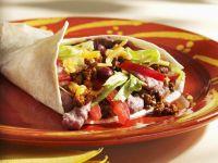 Mexikanische Pfannkuchen mit Hackfleisch und roten Bohnen