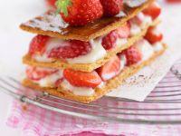 Mille-feuille mit Creme und Erdbeeren