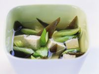 Misosuppe mit Lauch und Tofu