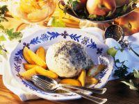 Mohnknödel mit Pfirsich