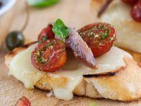 Mozzarella-Baguette mit Tomaten