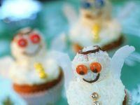 Muffins mit Kokos-Figuren