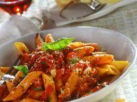 Nudeln mit Hackfleisch-Tomatensauce