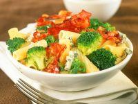 Nudeln mit Speck, Brokkoli und Käse