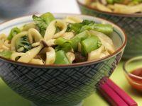 Nudelsalat auf asiatische Art
