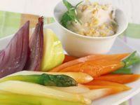 Nuss-Gemüse-Quark