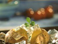 Ofenkartoffeln mit Rosatbeef und Kräuterquark