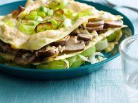 Offene Lasagne mit Poree und Pilzen