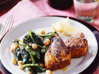 Orientalischer Spinat mit Curry-Koteletts