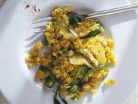 Orzo-Nudeln mit Safran, Stockfisch und Gemüse
