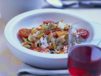 Paella mit buntem Gemüse