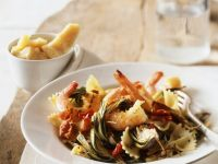 Pasta mit Garnelen und Artischocken