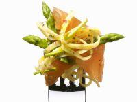 Pasta mit Lachs und grünem Spargel