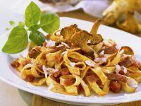 Pasta mit Pilzen und Salami