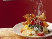 Pasta mit Spargel, Schinken und Parmesan