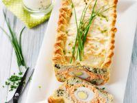 Pastete mit Lachs, Reis und Eiern