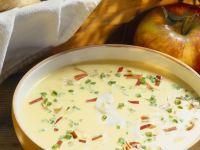 Pastinaken-Apfel-Suppe