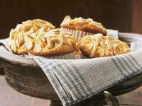 Pastinaken-Orangen-Muffins mit Mandeln