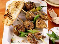 Peperoni-Spießchen mit Lammhack- und Lende