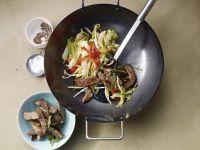 Pfannengerührtes mit Rind kochen