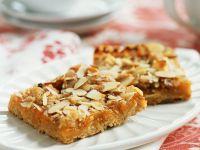Pfirsichkuchen mit Mandeln