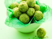 Pistazientrüffel mit grünem Tee