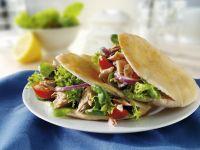 Pita-Brote mit Thunfischfüllung
