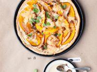 Pizza mit Birne und Kürbis