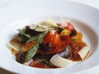 Provenzalische Gemüsesuppe mit Parmesan