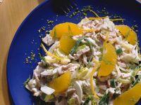 Putensalat mit Orangen und Lauch