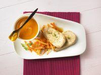 Putenschnitzel mit Aprikosensauce und Möhren