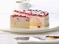 Quarkcreme-Torte mit Preiselbeeren