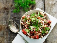 Quinoa-Gemüse-Salat mit Dill