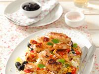 Reis-Gemüsesalat mit Hähnchen