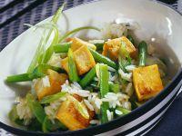 Reis mit Bohnen und Tofu
