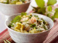 Reis mit Omelett und Shrimps