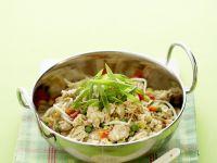 Reispfanne mit Hähnchen und Kokos