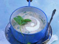Reissuppe mit Joghurt