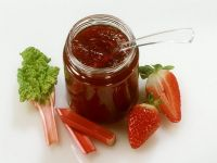 Rhabarber-Konfitüre-Rezepte von EAT SMARTER