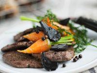 Rindfleisch mit Möhren und Knoblauch