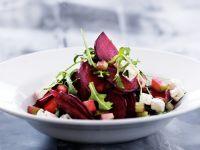 salat mit roter bete spinat und feta rezept eat smarter. Black Bedroom Furniture Sets. Home Design Ideas