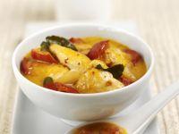 Rotes Curry mit Hähnchenstücken
