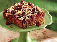 Rotweinkuchen mit Kirschen und Nougat